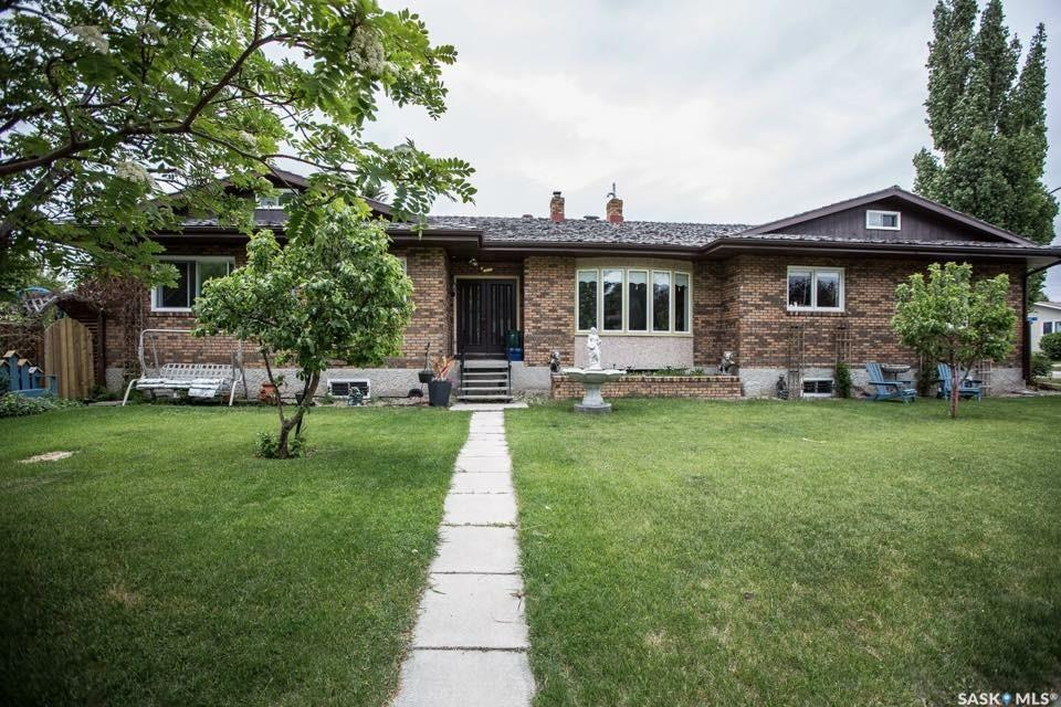 3 Louise Crescent, 4 bed, 3 bath, at $430,000