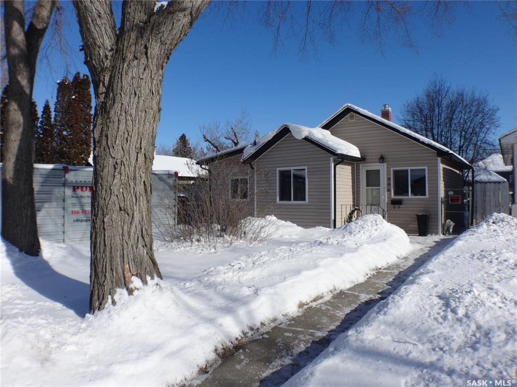 906 L Avenue, 2 bed, 1 bath, at $199,900
