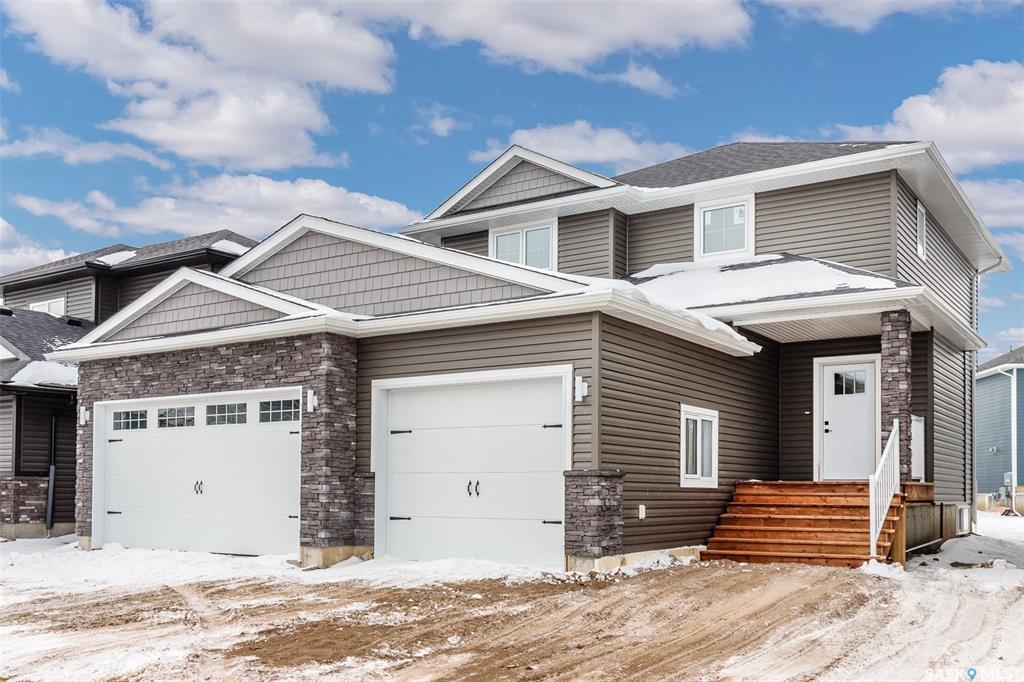 930 Glacial Shores Manor, 3 bed, 3 bath, at $559,900