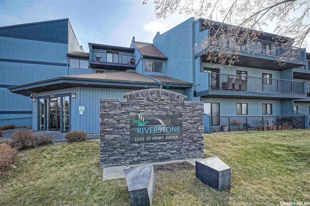 2233 St Henry Avenue #319, 3 bed, 1 bath, at $174,900