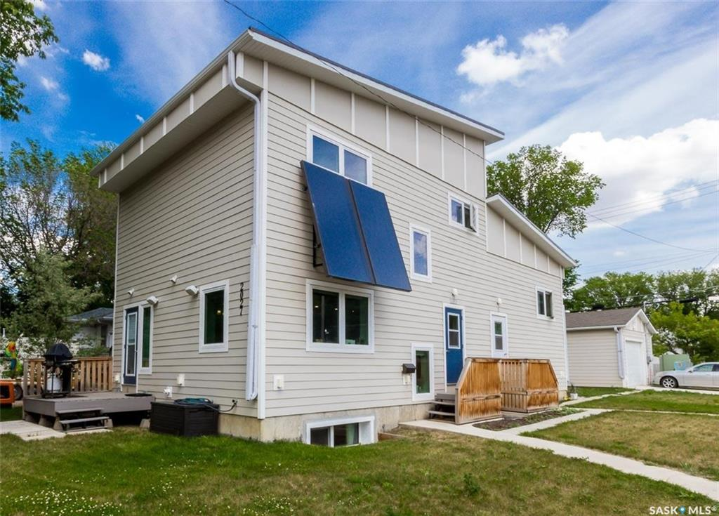 2027 St Charles Avenue, 5 bed, 4 bath, at $589,900