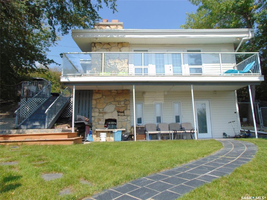 33 Summerfeldt Drive, 4 bed, 2 bath, at $335,000