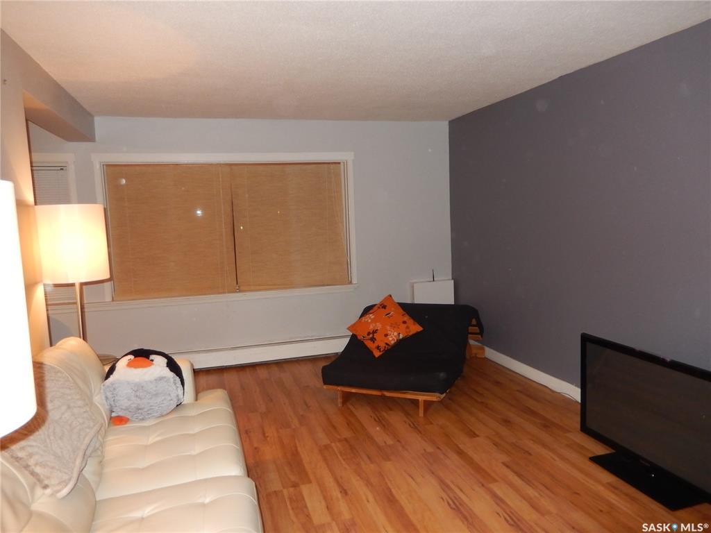 208 Lindsay Place #13, 2 bed, 1 bath, at $152,400