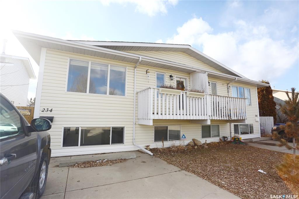234 Lochrie Crescent, 3 bed, 2 bath, at $219,900
