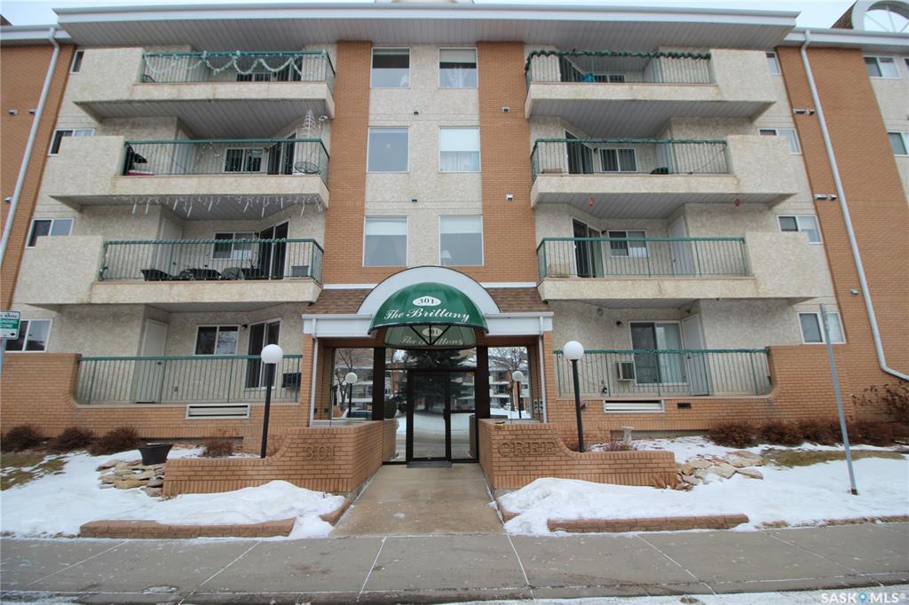 301 Cree Crescent #110, 2 bed, 2 bath, at $216,900