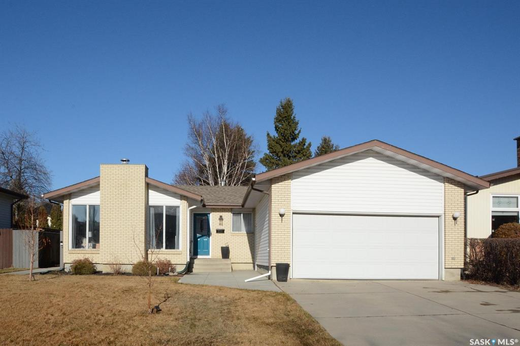 226 Candle Crescent, 5 bed, 3 bath, at $439,900