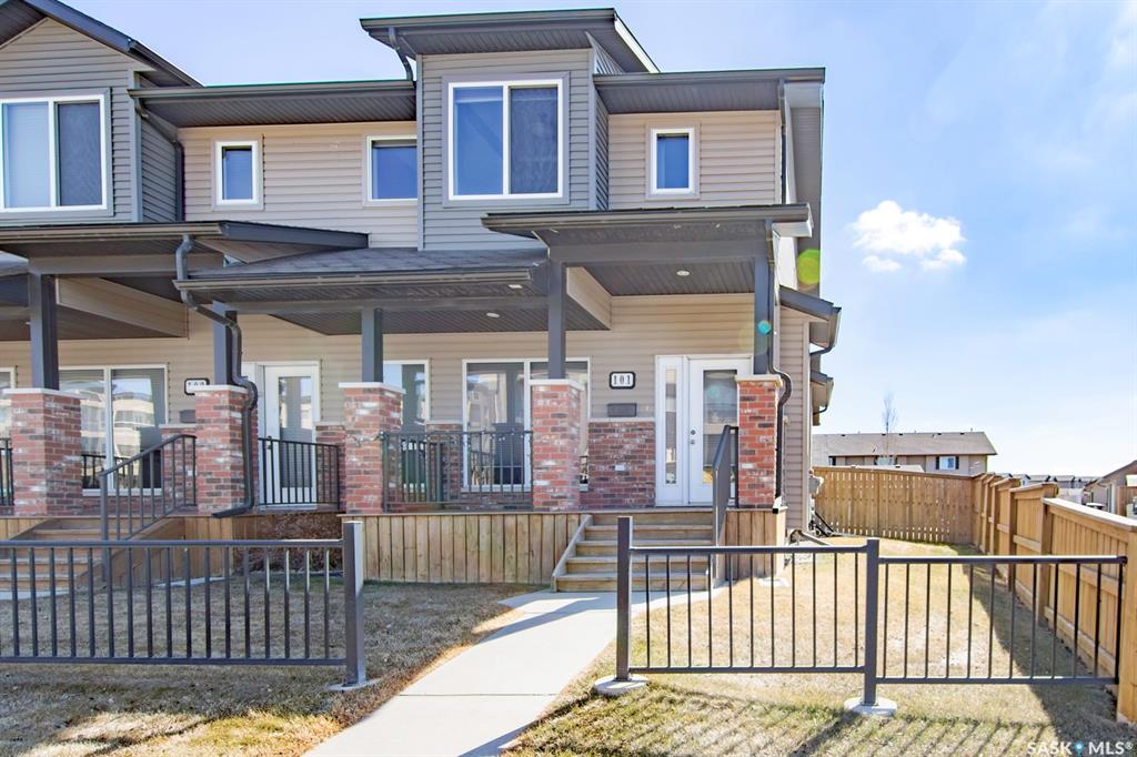 110 Willowgrove Crescent #101, 3 bed, 4 bath, at $324,900