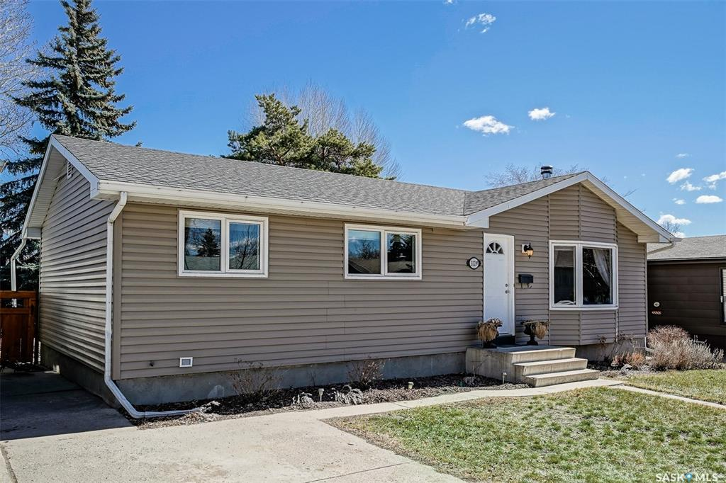 3129 Eastview, 4 bed, 2 bath, at $324,800