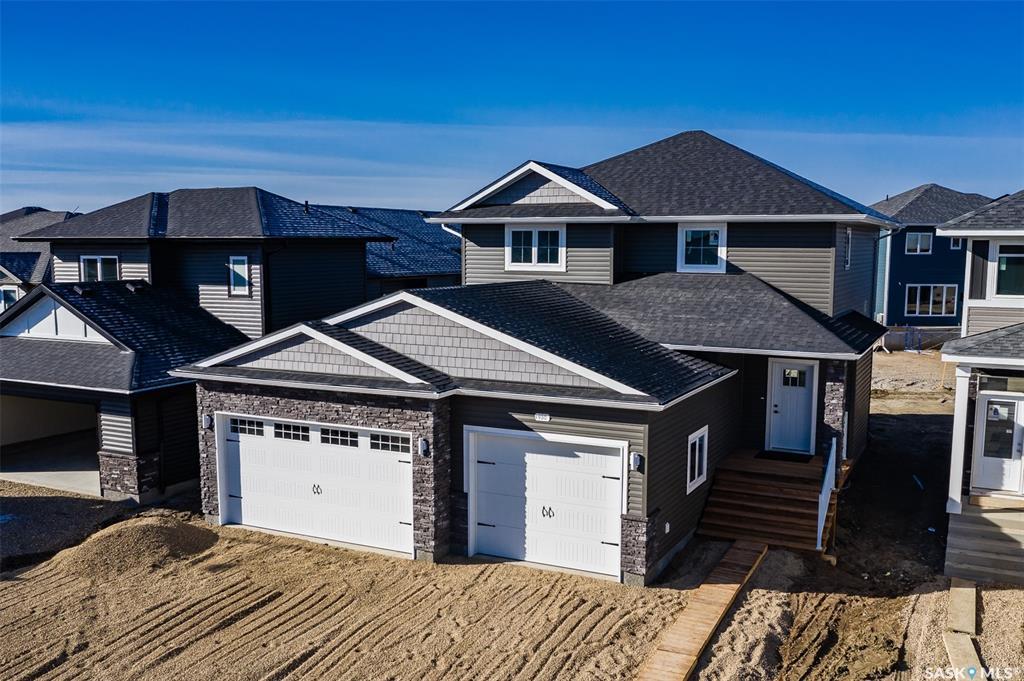 930 Glacial Shores Manor, 3 bed, 3 bath, at $539,900