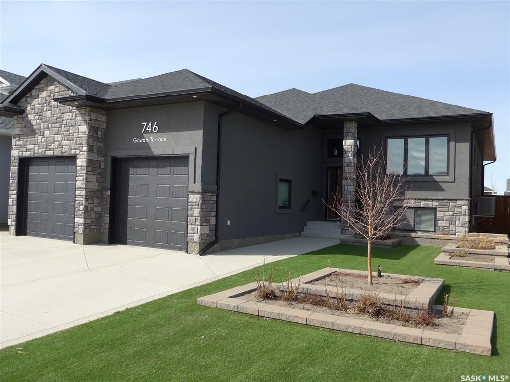 746 Gowan Terrace, 5 bed, 3 bath, at $529,900