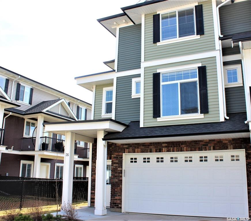 425 Langer Place #35, 3 bed, 3 bath, at $234,900