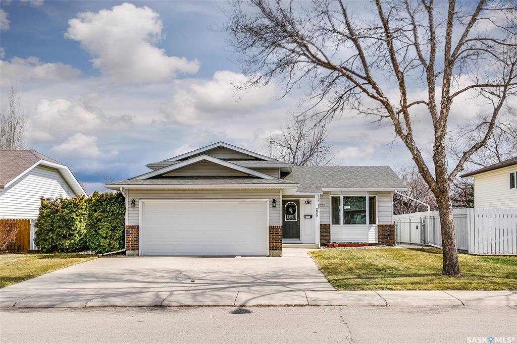 226 Flavelle Crescent, 3 bed, 2 bath, at $349,900