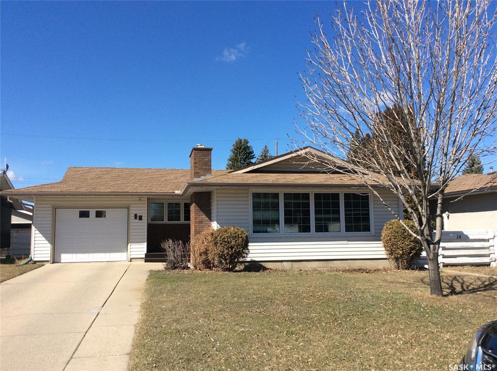 14 Oneil Crescent, 3 bed, 2 bath, at $349,900