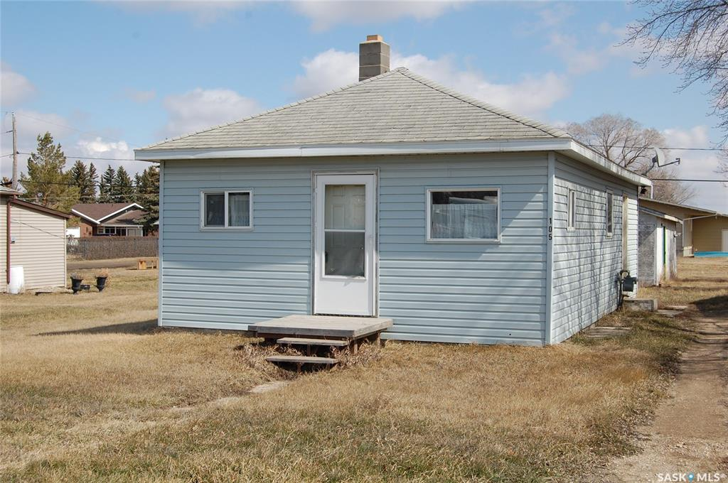 105 4th Avenue, 3 bed, 1 bath, at $89,900