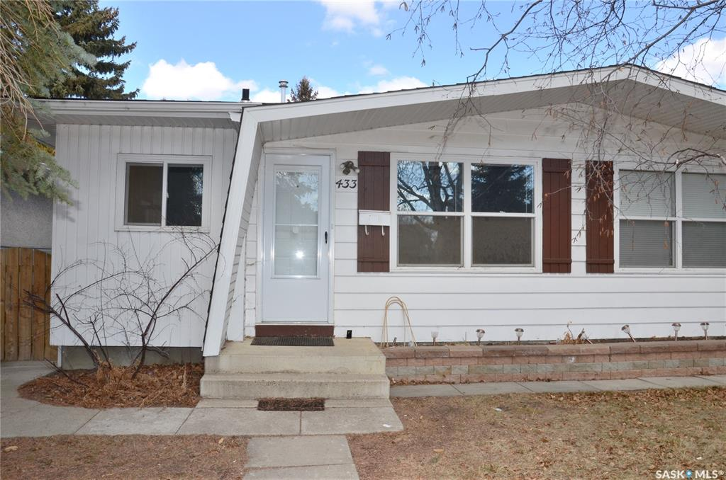 433 East Place, 3 bed, 2 bath, at $224,900