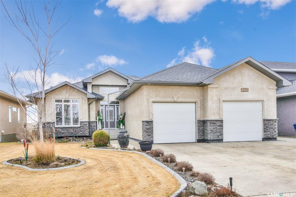 325 Lakeridge Drive, 4 bed, 3 bath, at $629,900