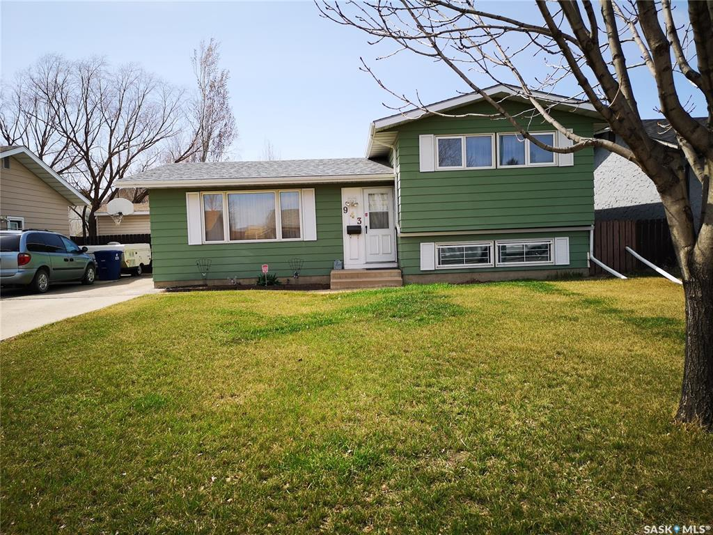 943 Steeves Avenue, 3 bed, 2 bath, at $257,900