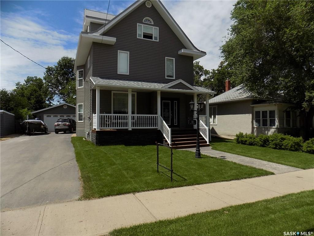 331 5th Street, 3 bed, 4 bath, at $349,000