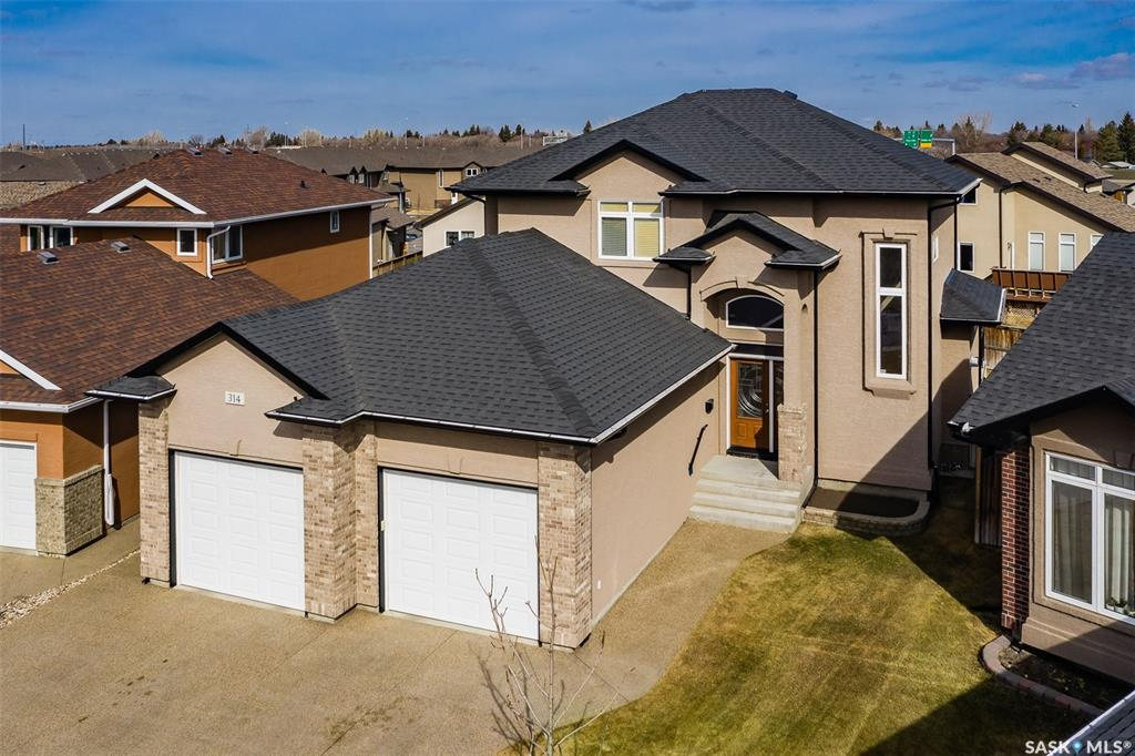314 Rempel Bay, 4 bed, 4 bath, at $624,900