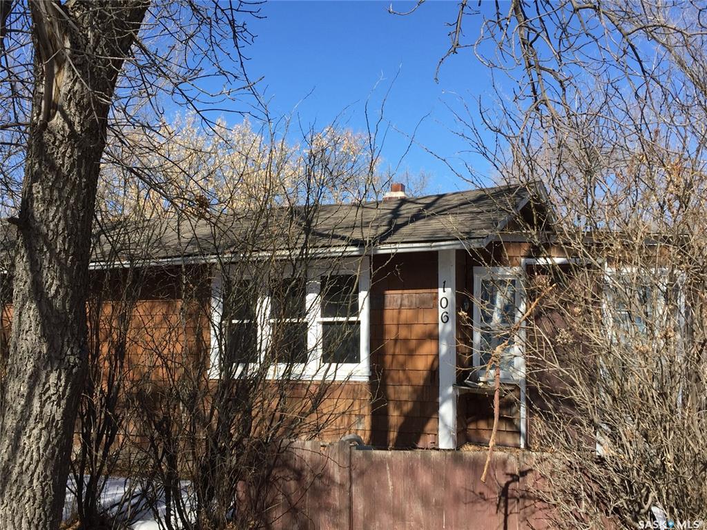 106 104 A Fairchild Avenue, 2 bed, 1 bath, at $135,000