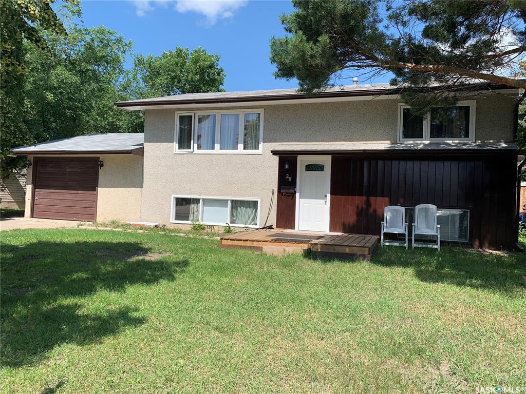 28 Wentworth Crescent, 3 bed, 2 bath, at $264,900