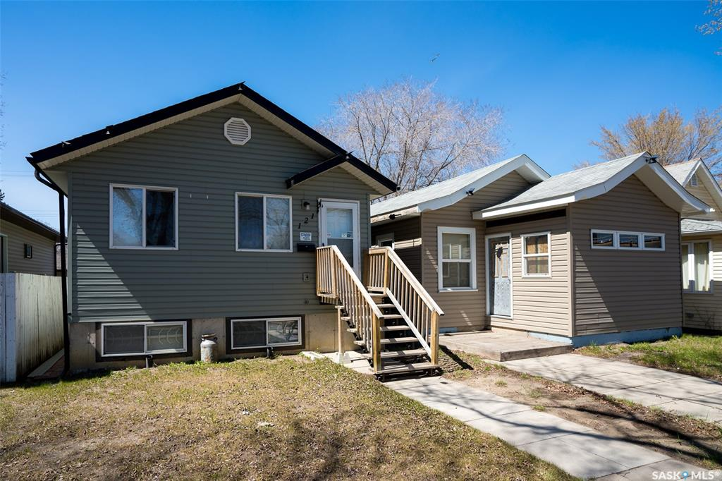 119 121 J Avenue S, 2 bed, 1 bath, at $274,900