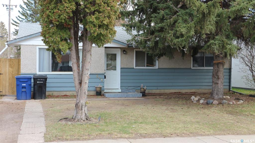 514 V Avenue S, 4 bed, 2 bath, at $198,900
