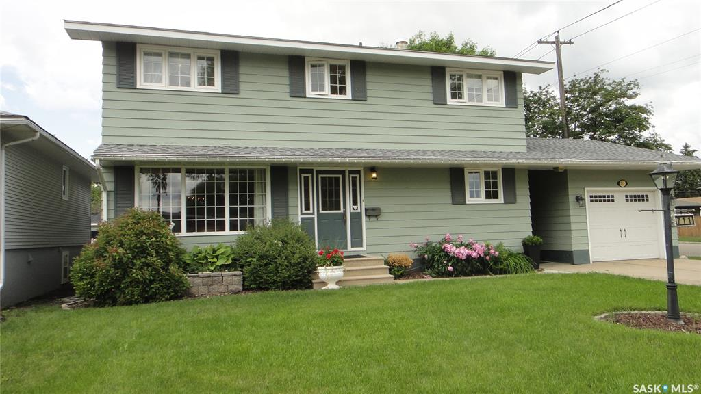 711 R Avenue N, 4 bed, 3 bath, at $389,900