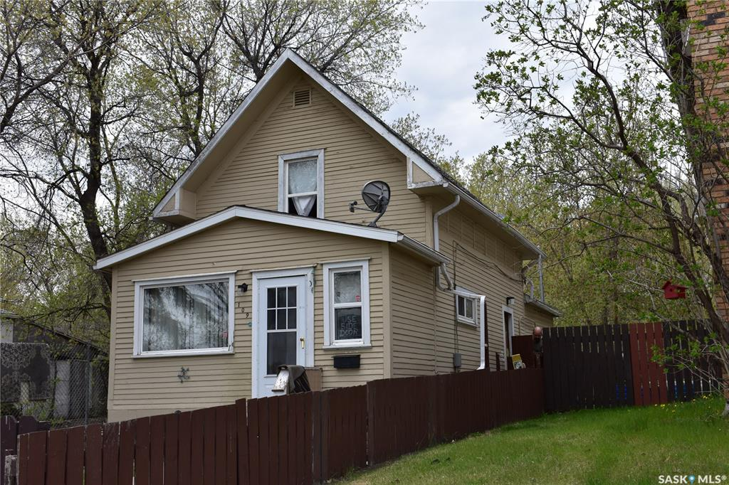 109 N Avenue S, 3 bed, 2 bath, at $135,000