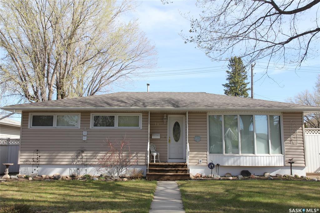 19 Lindsay Drive, 4 bed, 2 bath, at $349,900