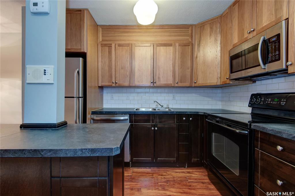 431 4th Avenue N #206, 1 bed, 1 bath, at $129,900