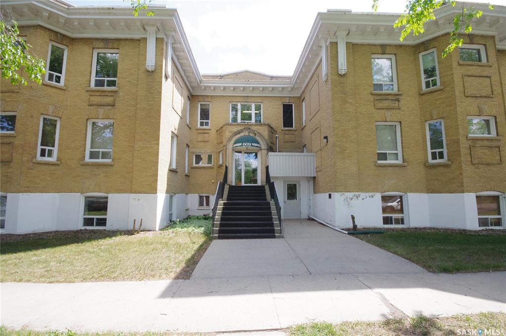 609 King Street #303, 2 bed, 1 bath, at $229,900