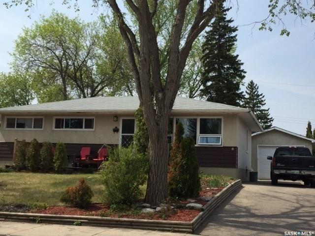 6 Young Crescent, 3 bed, 1 bath, at $274,900