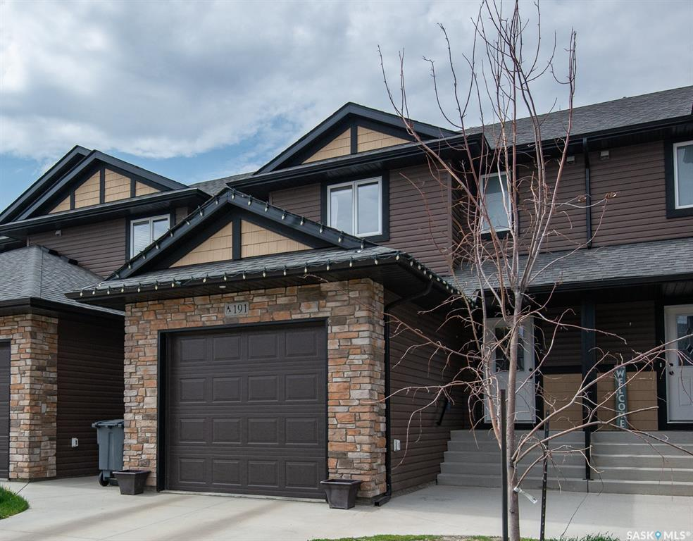 191 Beaudry Crescent, 3 bed, 4 bath, at $285,000