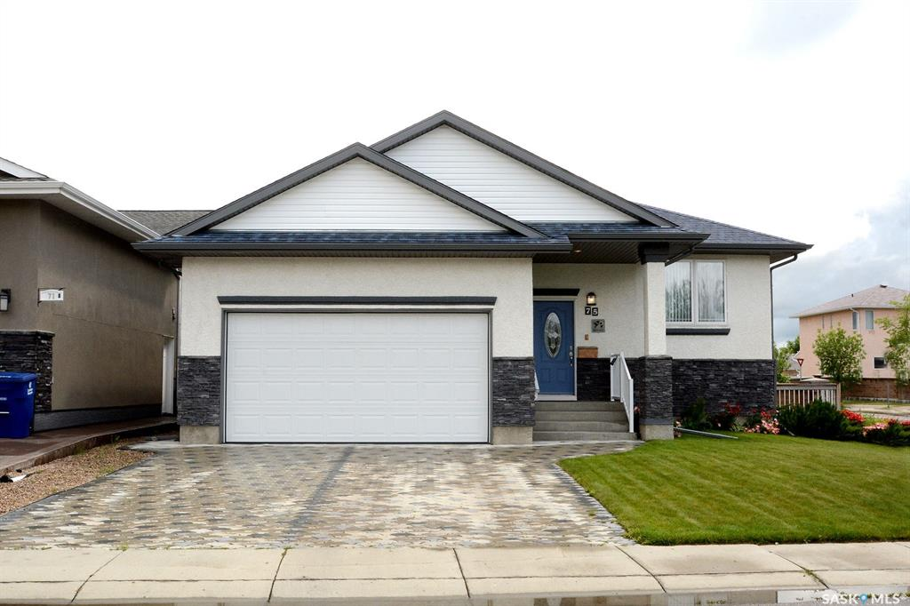 75 Briarvale Crescent, 2 bed, 2 bath, at $429,900