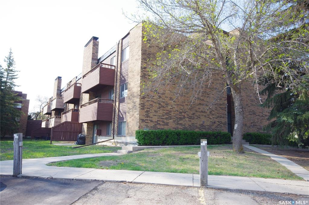802 A Kingsmere Boulevard #102, 2 bed, 1 bath, at $119,900