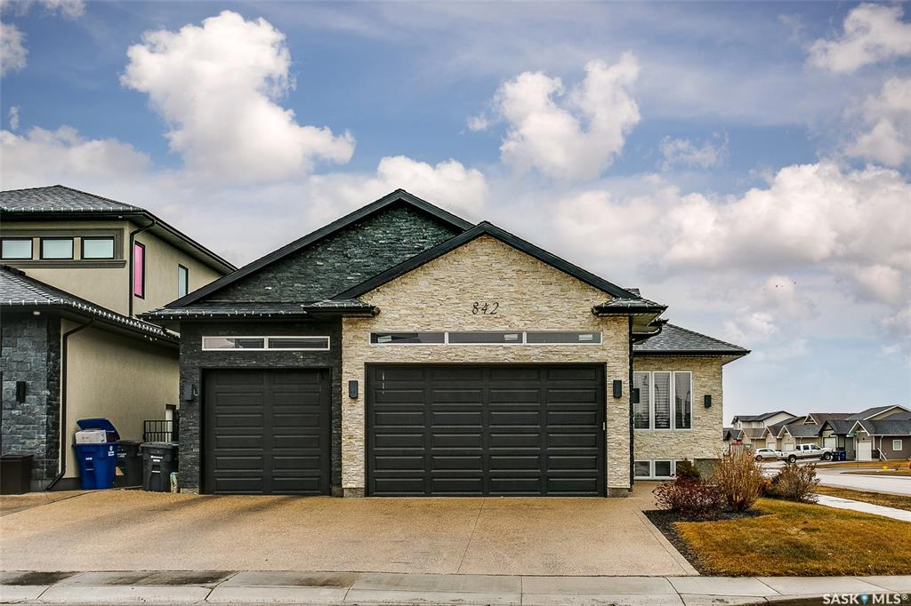 842 Gillies Crescent, 4 bed, 3 bath, at $624,900
