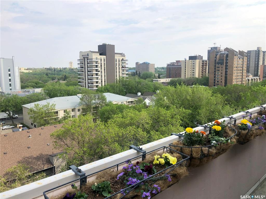537 4th Avenue N #B, 2 bed, 2 bath, at $659,900