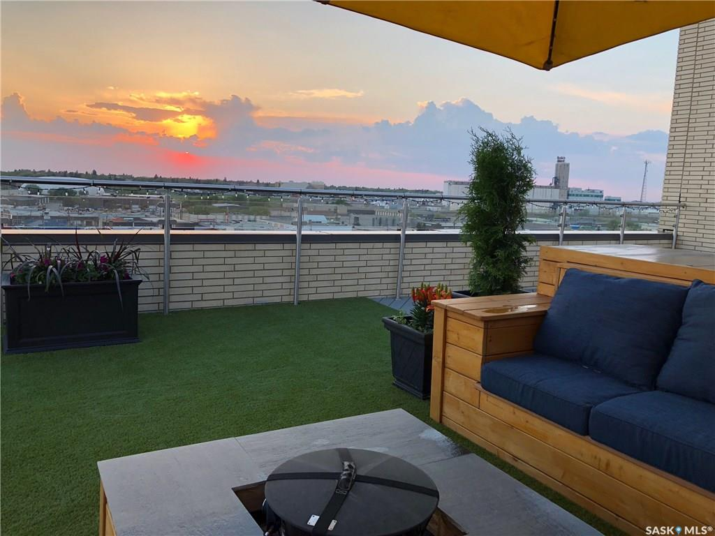 537 A 4th Avenue N, 2 bed, 2 bath, at $774,900