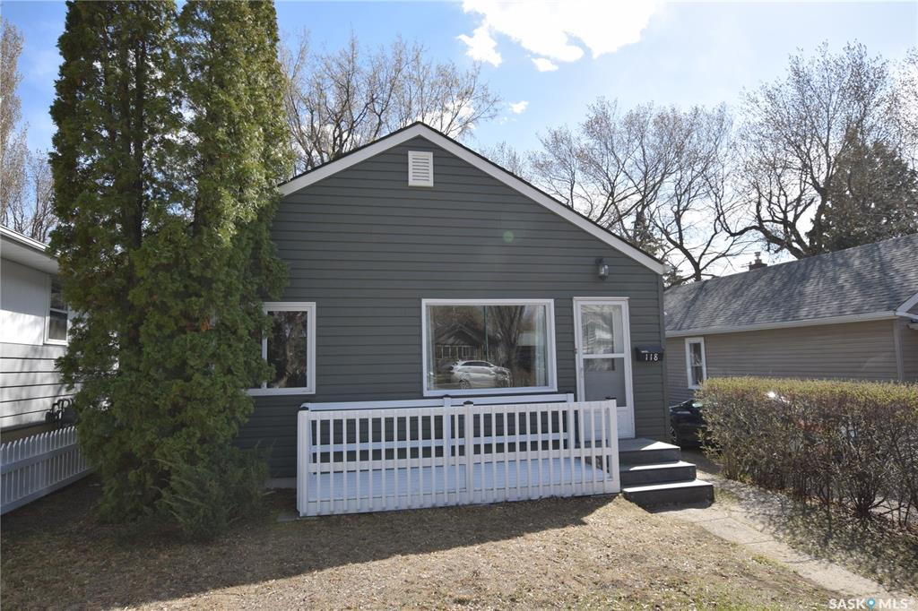 118 Taylor Street E, 2 bed, 1 bath, at $239,900