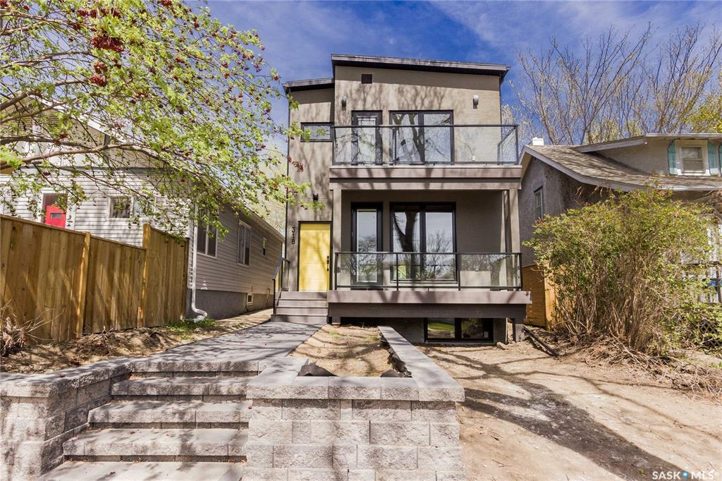 318 26th Street W, 3 bed, 3 bath, at $523,000