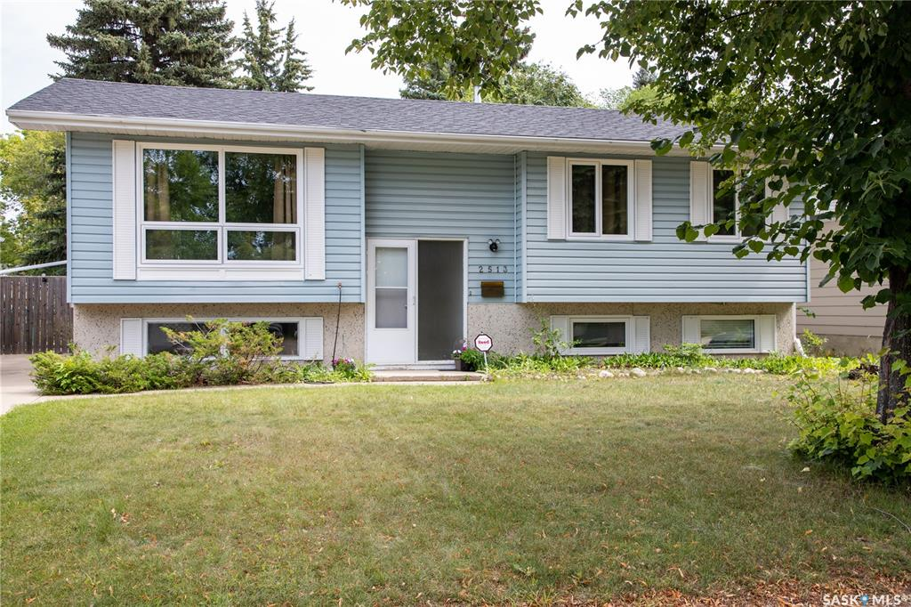 2513 Eastview Crescent, 4 bed, 2 bath, at $354,900