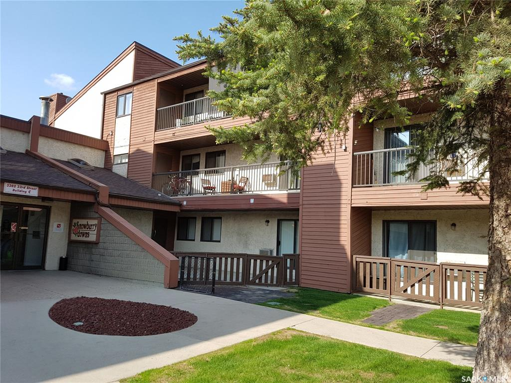 3302 33rd Street W #208, 2 bed, 1 bath, at $132,900
