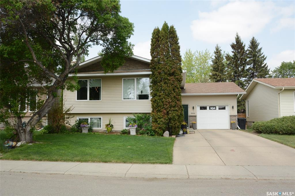 231 Charlebois Crescent, 5 bed, 3 bath, at $369,900