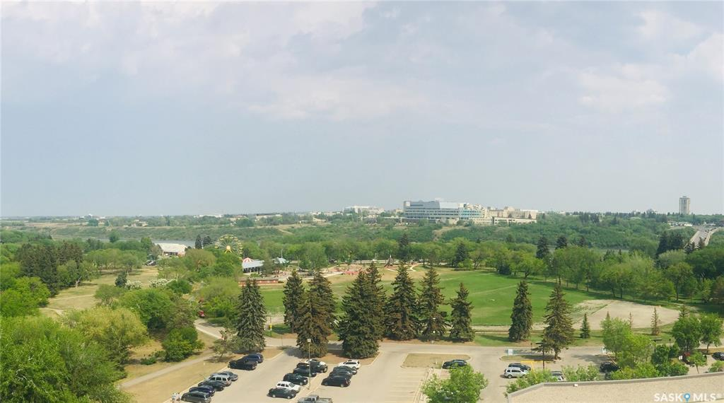 430 5th Avenue N #1302, 2 bed, 1 bath, at $259,900