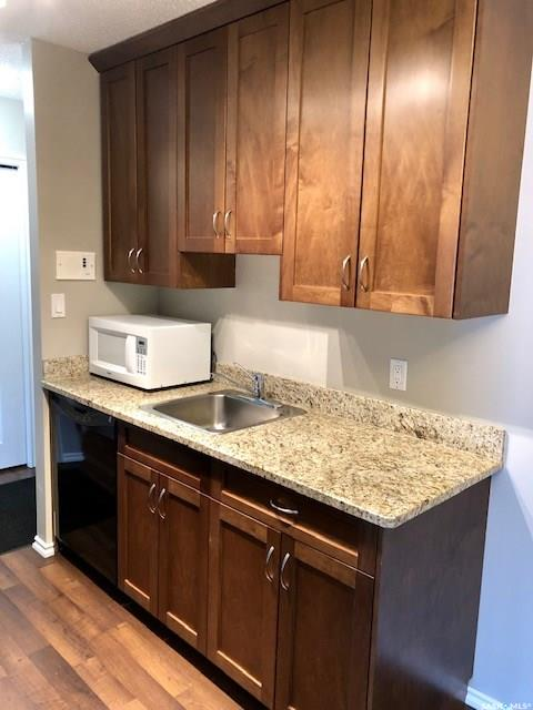 250 Pinehouse Place #303, 1 bed, 1 bath, at $124,900