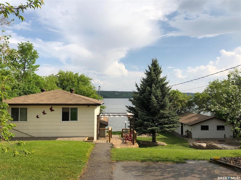 Lake Address, 3 bed, 3 bath, at $599,900
