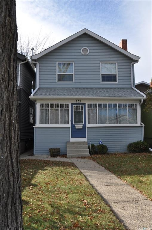 735 7th Avenue N, 3 bed, 2 bath, at $319,900