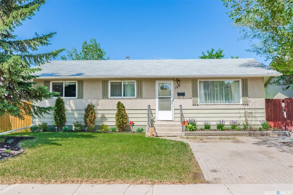 198 Carleton Drive, 5 bed, 2 bath, at $369,900