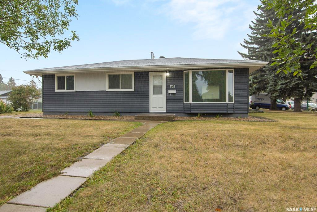502 W Avenue S, 3 bed, 1 bath, at $209,900
